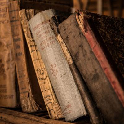 Libros, Postales y Fotos